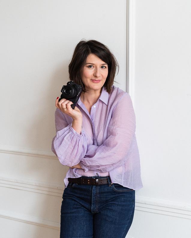 Dominika Dizkowska z aparatem